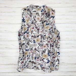 41 Hawthorn | White Floral Tank Top